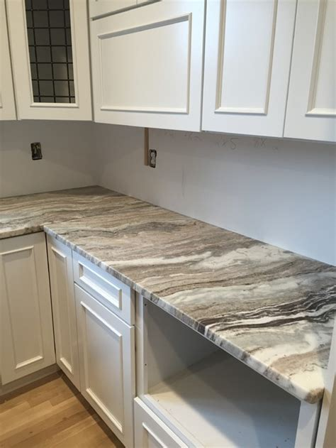 backsplash to go with brown quartzite countertop