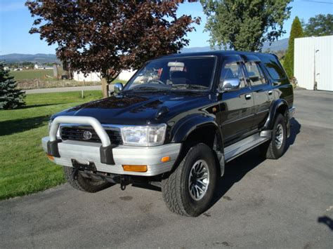 Toyota Hilux For Sale In Canada J Cruisers Jdm Vehicles Parts In Canada 1993 Toyota Hilux