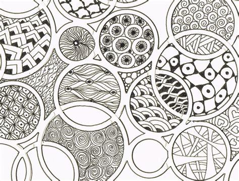 doodle circular pattern design circular doodles a girlfriend has a machine that