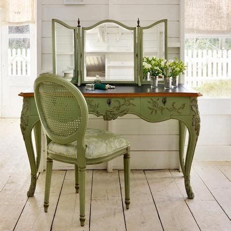 how to renovate old sofa the dressing table is not out of fashion
