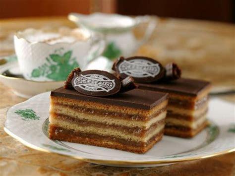 Budapest Cake 10x24cm Sweet Dessert gerbaud cake zserb 243 s 252 ti hungary 1serving 5x2cm 35g