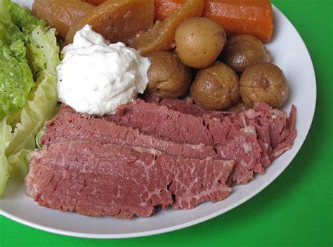 easy slow cooker st patrick s day recipe for corned beef