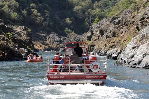 jet boat rides gold beach oregon pin by stephanie bryan grommett on favorite places i ve