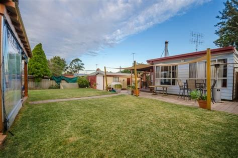 buy house penrith pro tips for penrith real estate property buyers