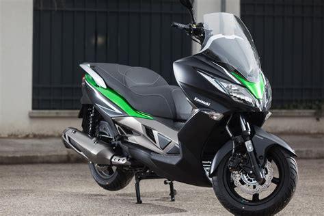 Navigation Für Motorrad Test 2015 by Kawasaki J300 Mittelklasse Roller 1000ps Test 2015