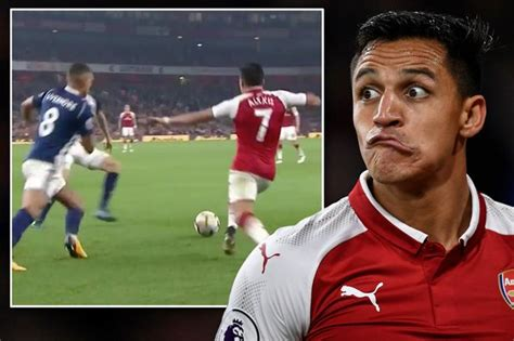 alexis sanchez ball boy when is the 2018 all ireland football final all the