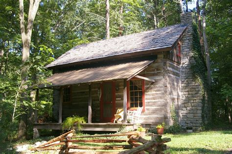 Kentucky Log Cabins by Captain S Cabin Log Cabin Bed And Breakfast Louisville