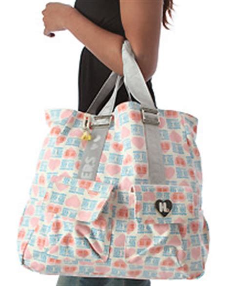 Harajuku Uh O Tote by Cheryl Shops