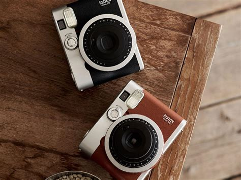 Instant Kamera Instan 7 best instant cameras the independent