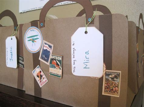 How To Make A Suitcase Out Of Paper - suitcase make it out of a file folder for the trip