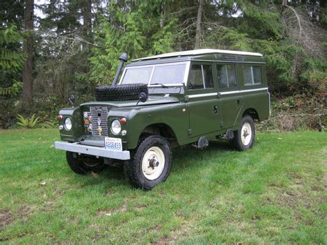 land rover safari 1971 land rover series iia safari station wagon
