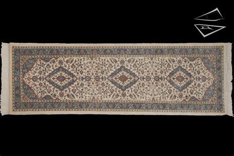 9 runner rug kashan design rug runner 2 6 quot x 9