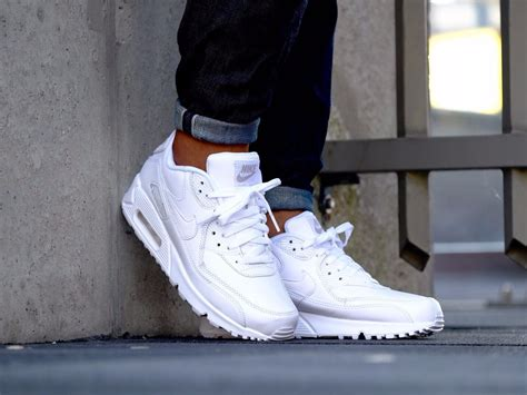 best all white sneakers 10 white sneakers you can wear every day business insider