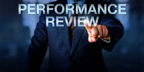 performance reviews can employees claim discrimination in their performance