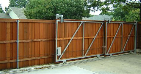 diy gate diy privacy fence a great way to ensure your privacy and finances