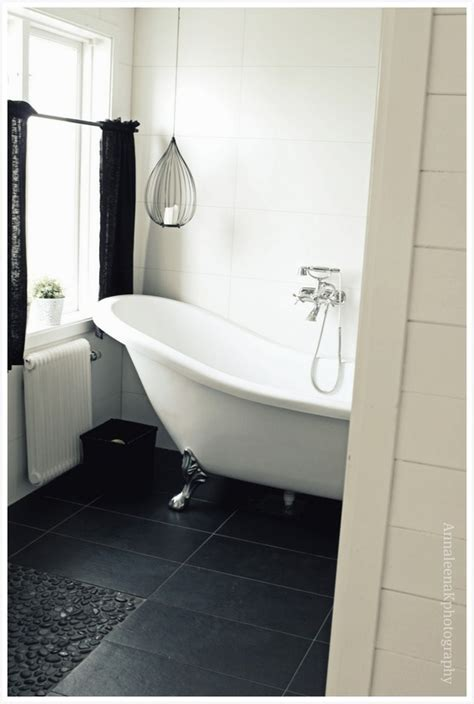 Black Bathroom Ideas by 71 Cool Black And White Bathroom Design Ideas Digsdigs