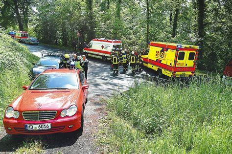 Auto Leimen by L 600 Bei Leimen Auto Rutschte B 246 Schung Hinunter