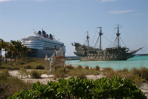 nave olandese volante file flying dutchman at castaway cay jpg