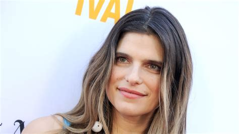 lake bell son lake bell reveals newborn son s name