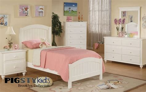 white beadboard bedroom furniture furniture and sale items on