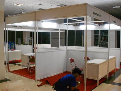 Karpet Ukuran 3x4 sewa rental partisi booth termurah 085773030080