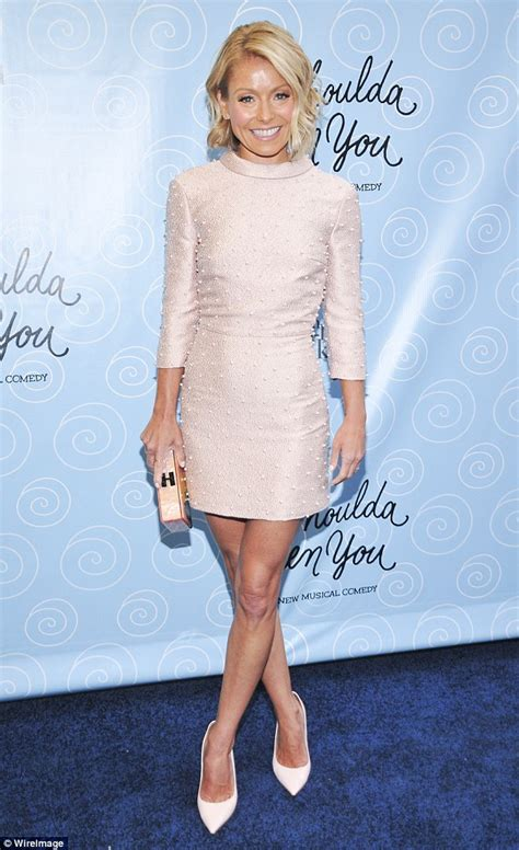 kelly ripa weight 2014 kelly ripa teams candy coloured hair with coral skirt and