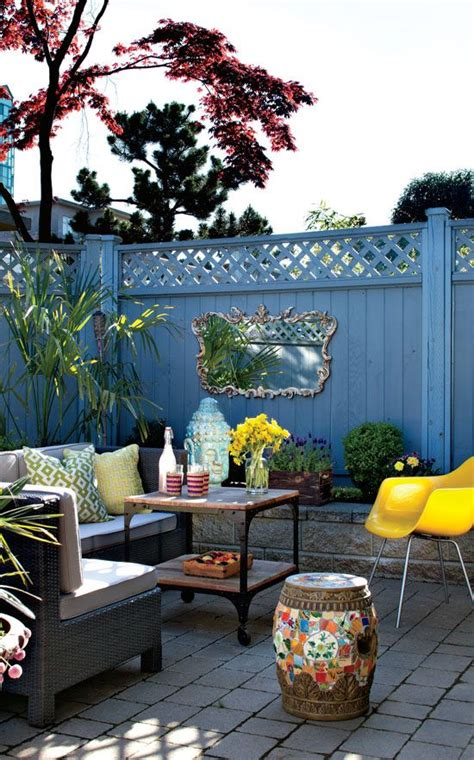 25 best ideas about small outdoor patios on
