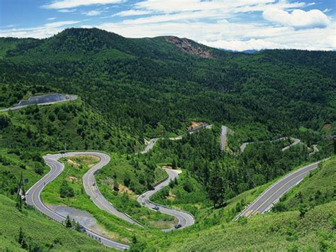 Top 10 Most Beautiful Highways & Scenic Roads in China