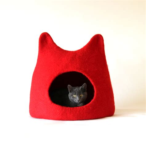 Handmade Cat Bed - cat bed cat cave cat house handmade felted wool by agnesfelt