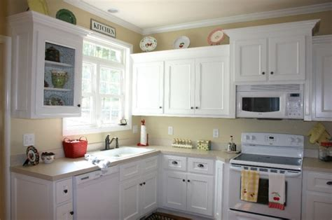 painting for kitchen best color for kitchen cabinets with white appliances