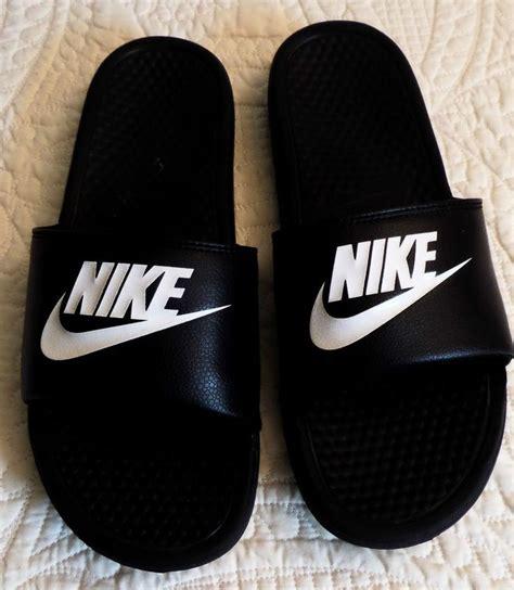 nike benassi swoosh slippers best 25 nike slippers ideas on slides