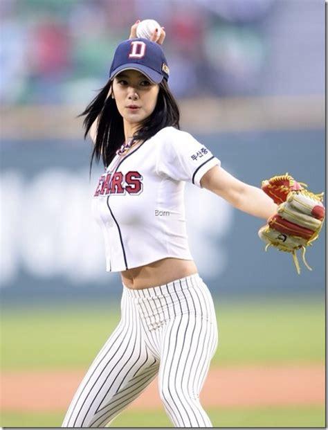 clara lee korean baseball 클라라 시구셋