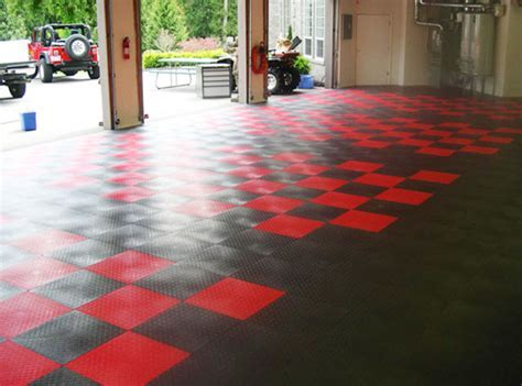 RaceDeck® XL   Biggest Garage Floor Tile On The Market