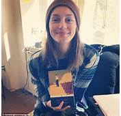 Getting Ready Newly Married Leighton Posted A Photo Of Herself With