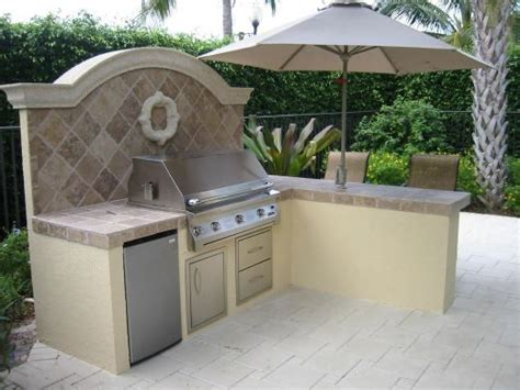 backyard built in bbq ideas 16 best brick barbecue ideas images on pinterest
