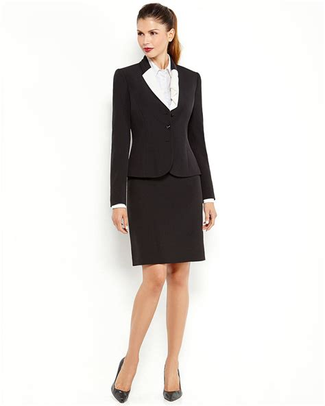 tahari by arthur s levine two black skirt suit in