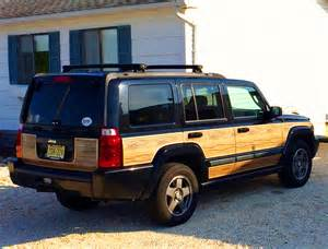 jeep commander with aftermarket wood package classic