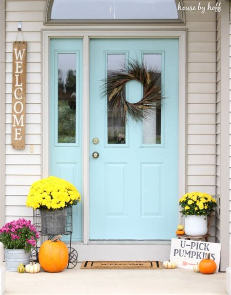 How To Decorate Small Home Decorating A Small Front Stoop For Fall House By Hoff
