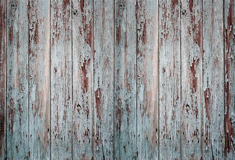 HUAYI old wooden planks barn with peeling paint