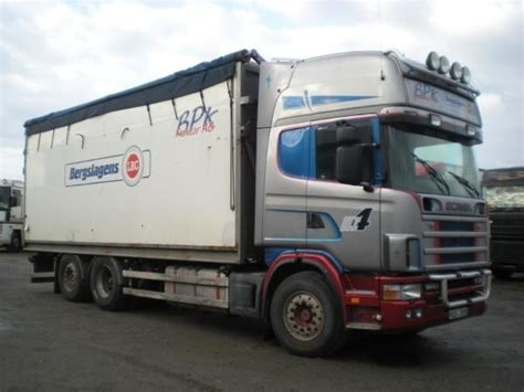 scania 144 box truck from sweden for sale at truck1 id