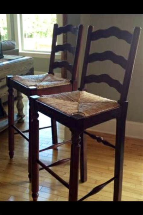 Broyhill Attic Heirlooms Bar Stools by 1000 Ideas About Bar Stool Height On Kitchen