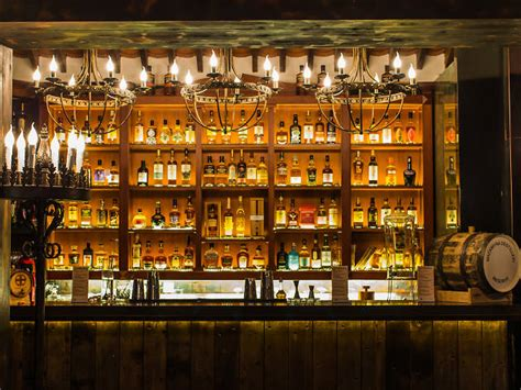 best bar the best whisky bars in hong kong