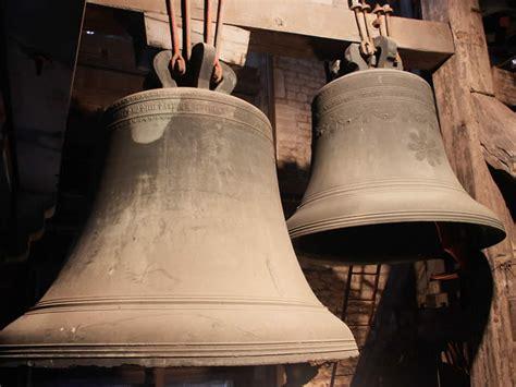 Ring Lonceng bells