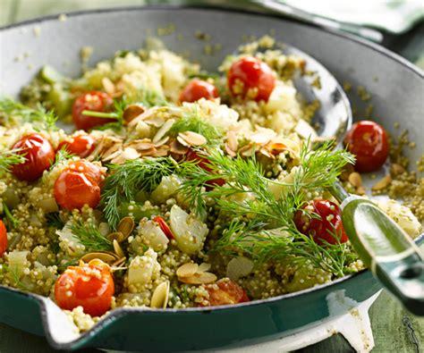 comment cuisiner le c駘eri en branche recette facile quinoa aux tomates cerise c 233 leri branche