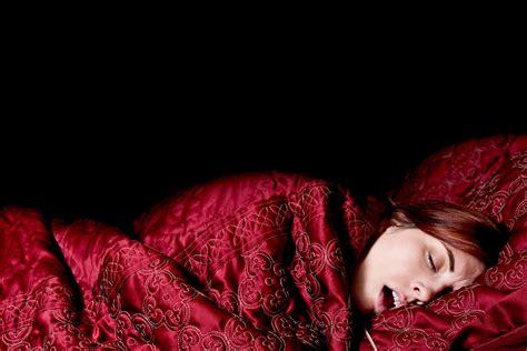 kalorienverbrauch schlafen mit singen und didgeridoo gegen das schnarchen migros impuls