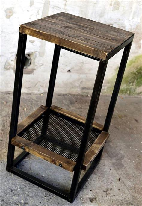 wood bar table and stools wood pallet bar table with stools 99 pallets