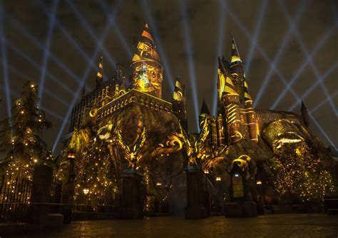 nighttime lights at hogwarts universal studios announces quot the nighttime