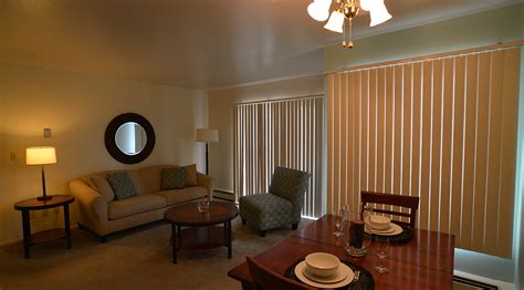 2 bedroom apartments milwaukee 2 bedroom apartments milwaukee milwaukee luxury apartment unit 11 2 bedroom the moderne