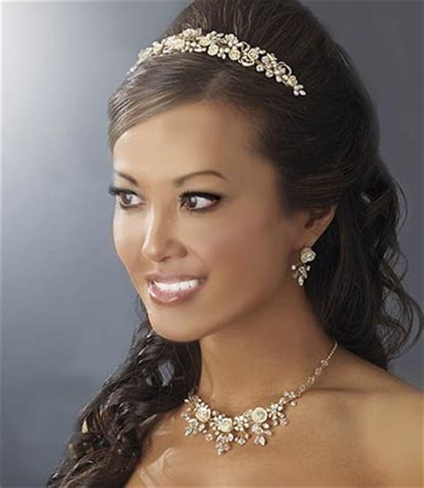 Wedding Hairstyles For Medium Length Hair With Tiara by Wedding Hairstyles For Medium Length Hair With Tiara