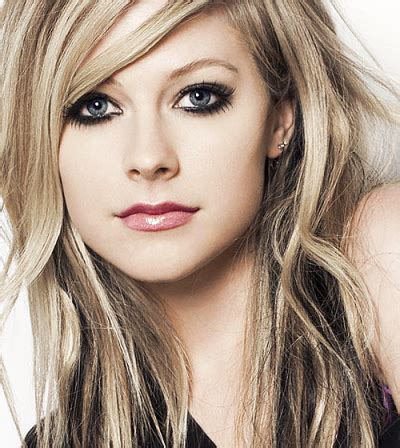 wallpaper vire girl avril lavigne measurements height weight bra size age